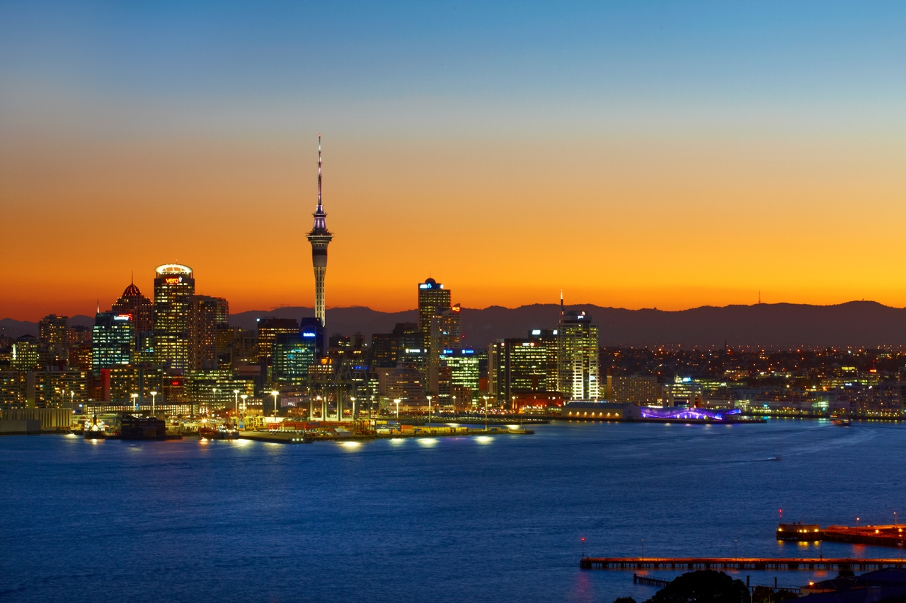 https://nzsoldancold2019.co.nz/wp-content/uploads/2018/09/Auckland-skyline-at-sunset_77985.jpg